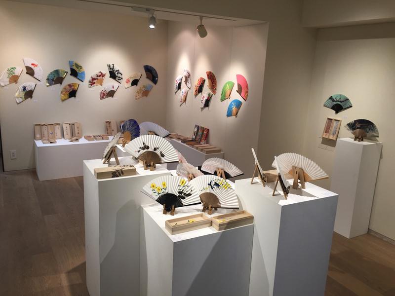 sensu_-japanese_fans-_exhibition08.jpg