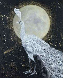 白色の孔雀と金色の美月